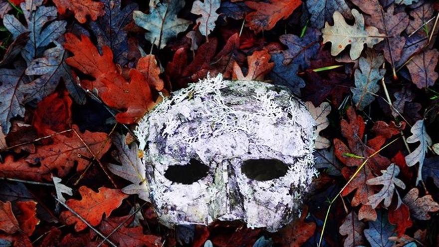 Imagen del cartel del cortometraje 'Tres años te aguardo' .