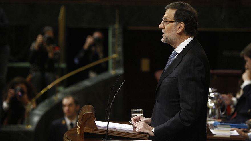 """Rajoy alerta de que solo habrá espacio para """"salvapatrias de escoba"""" si se extiende la sospecha sobre los políticos"""