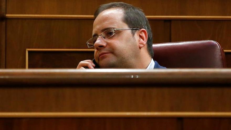 El PSOE emplaza al resto de partidos a celebrar debates sectoriales