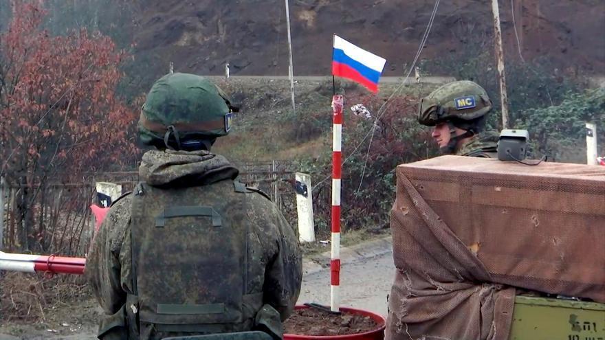 El Ejército de Azerbaiyán entra en Agdam, en cumplimiento del acuerdo de Karabaj