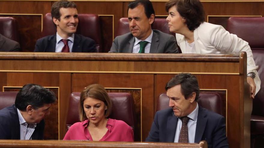 Soraya Saénz de Santamaría y Pablo Casado, en el Congreso de los Diputados