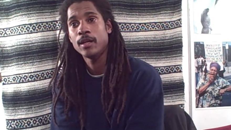 Mike Africa Jr, durante una entrevista.