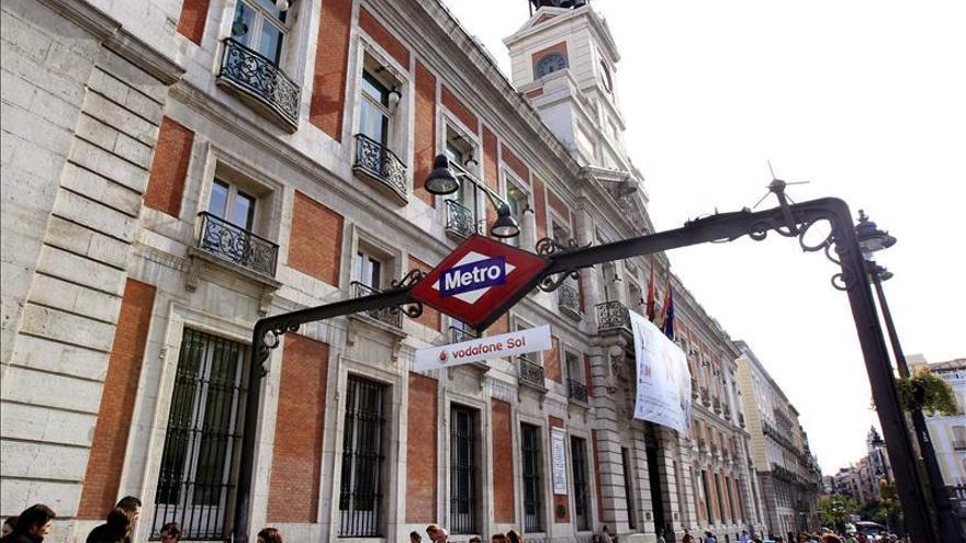 El globo de un niño provoca el paro del Metro en L2 en pleno centro de Madrid una hora