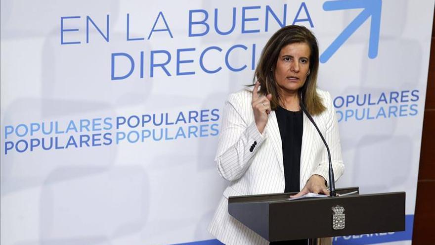 Báñez dice que le gustaría ver a Andalucía colaborando contra el fraude como Madrid