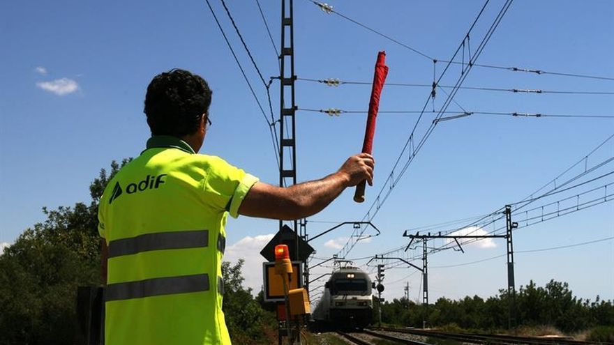 La circulación ferroviaria por dos vías se recupera tras incidente en Tarragona