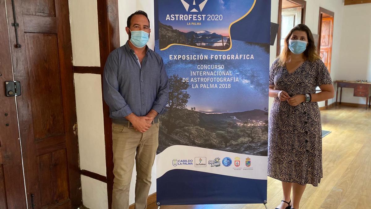 Marcos Lorenzo, alcalde de Tijarafe, y Diana Lorenzo, concejala de Turismo.