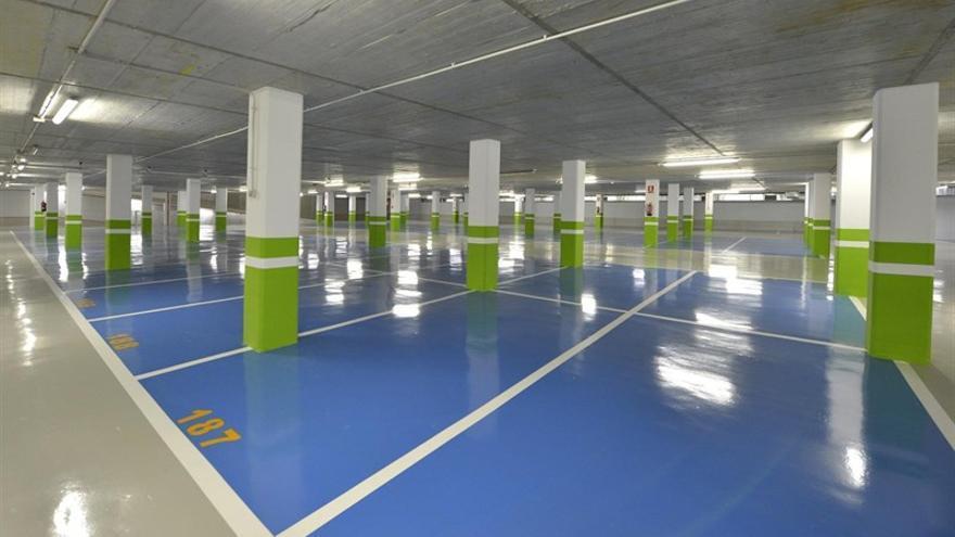 Interior del aparcamiento subterráneo de Mendicouague.