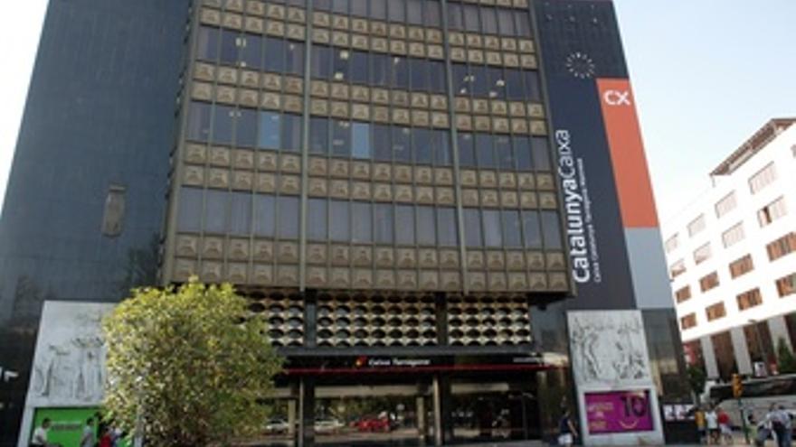 Edificio De Catalunyacaixa En Tarragona