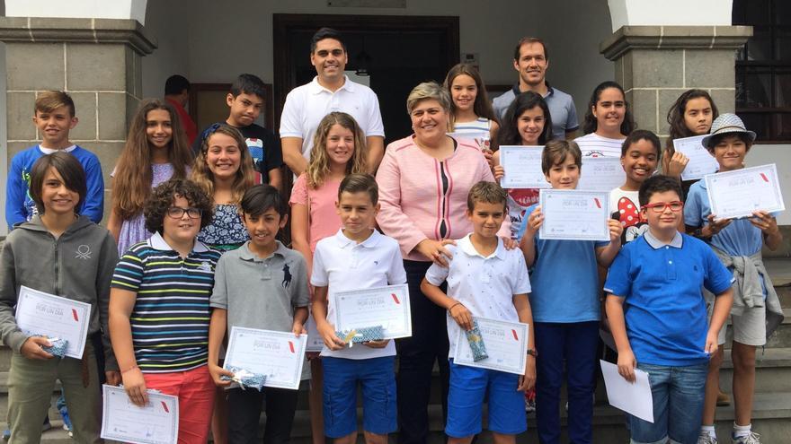 Instantánea de la entrega de premios en el Ayuntamiento de Los Llanos de Aridane
