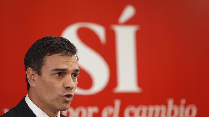Sánchez apoya la protesta contra la suspensión de leyes sociales catalanas