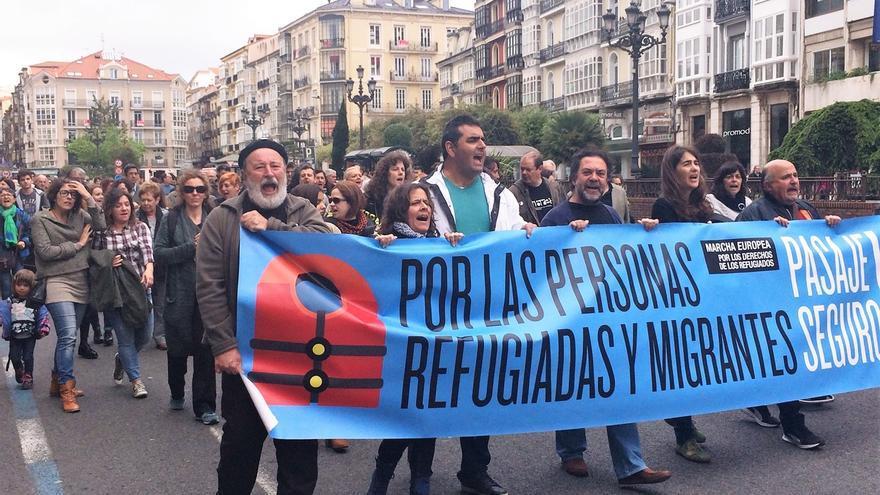 Una manifestación exigiendo el respeto a los derechos humanos de los refugiados