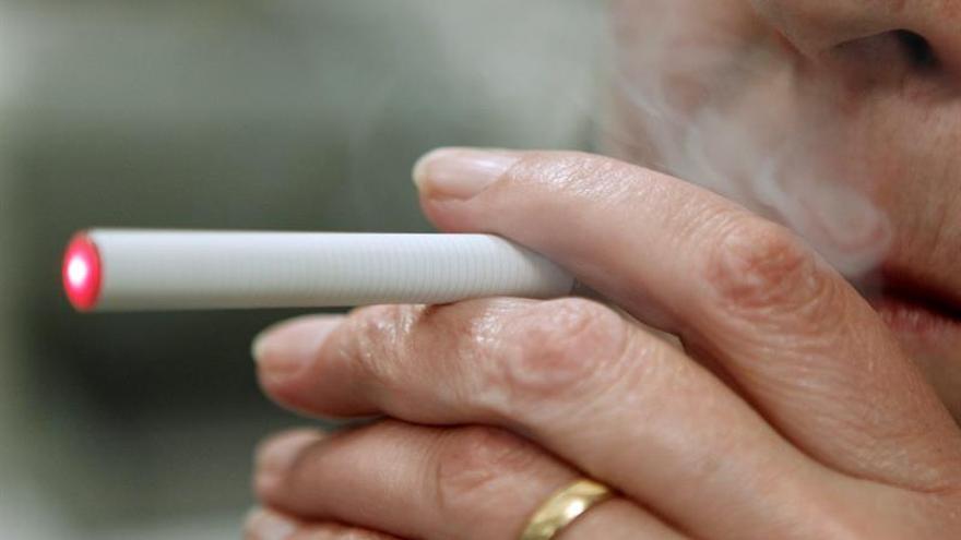 Una investigación vincula a los cigarrillos electrónicos con más riesgo de infarto