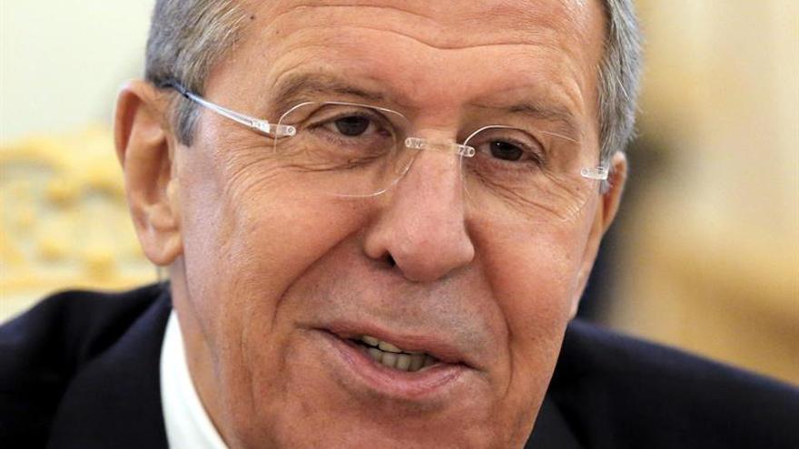 Lavrov afirma que EEUU dilata comienzo de consultas para el arreglo en Alepo