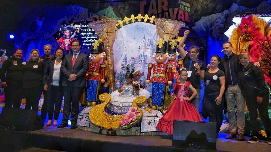 La niña Leonor Jimeno, reina infantil del Carnaval de Arona 2018
