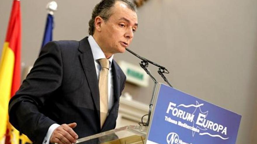 Salvador Navarro, presidente de la CEV, interviene en la Tribuna Mediterránea del Forum Europa
