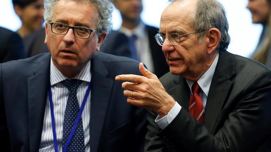 El Eurogrupo guarda un minuto de silencio por la diputada británica asesinada