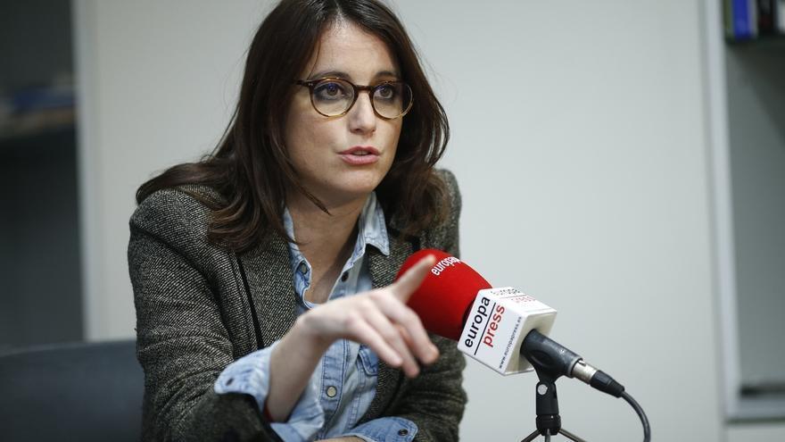 Levy (PP) acusa a la Generalitat de hacer política con la educación y pide libertad de elección