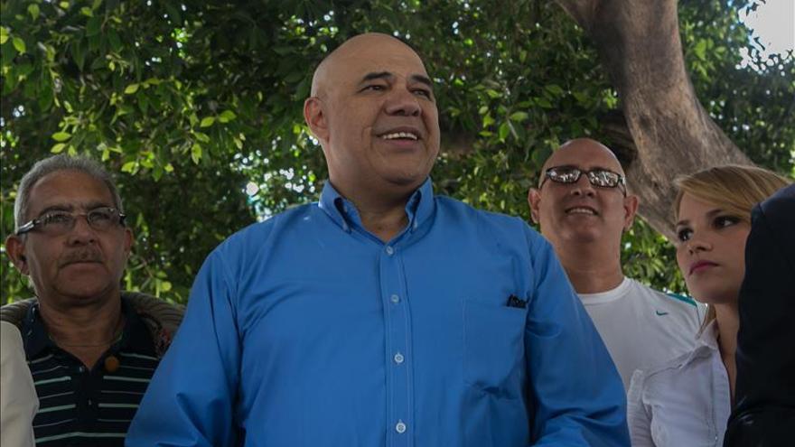 """El portavoz de la MUD acusa a los oficialistas de """"guerra sucia"""" en redes sociales"""