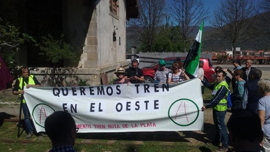 Reclaman la reapertura íntegra del corredor ferroviario Ruta de la Plata, que dejó de funcionar en 1985 entre Plasencia y Astorga / Foto: José Luis Gibello