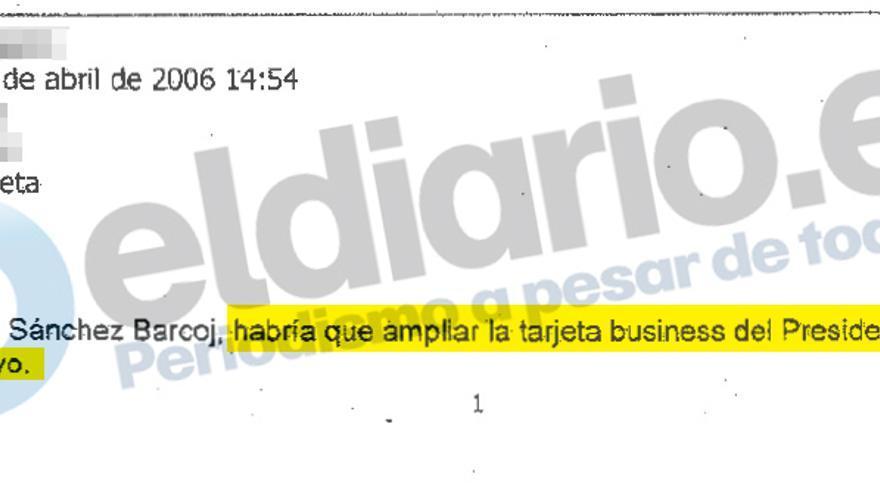 Amplicación de la tarjeta de Miguel Blesa con fecha de abril de 2006