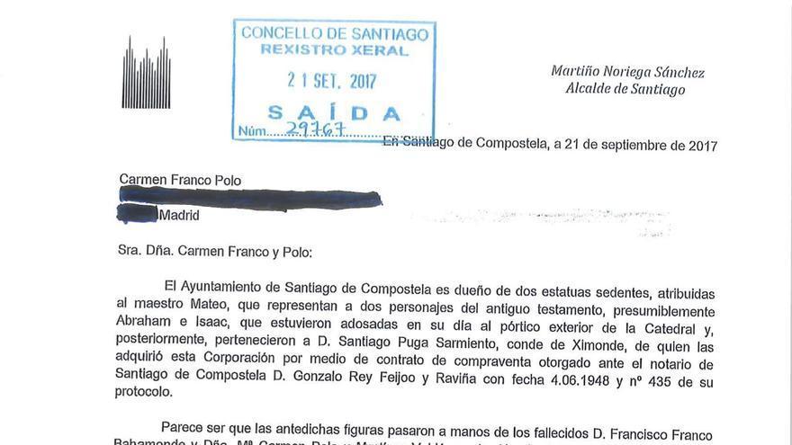 Escrito remitido por el Ayuntamiento de Santiago a Carmen Franco reclamando las estatuas de la catedral