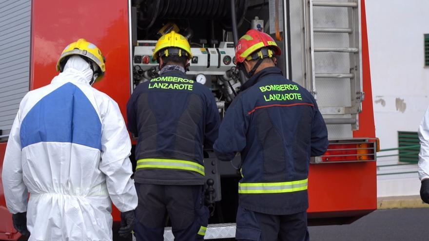 Imagen de archivo de bomberos de Lanzarote.