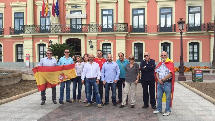 VOX Murcia apoya las concentraciones en favor de la caza en España