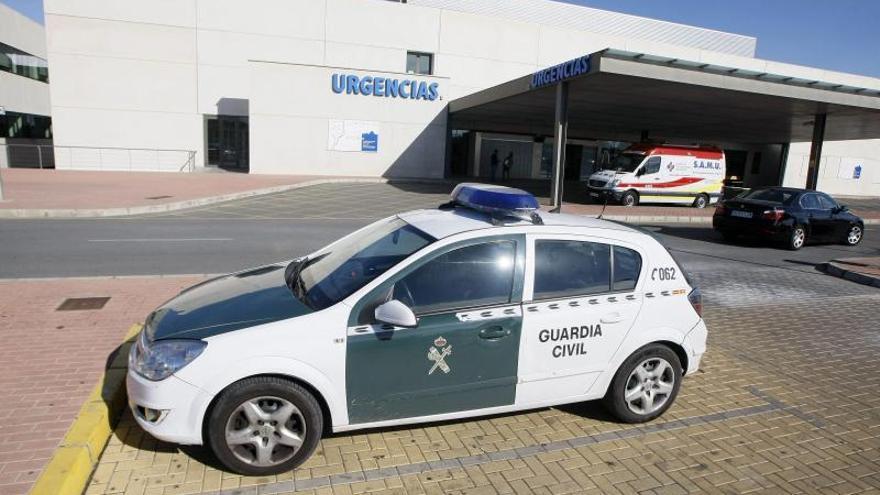 Hacen la autopsia al bebé degollado en Torrevieja y la madre sigue ingresada