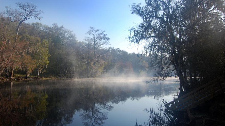 Un proyecto de embotellado de agua de Nestlé amenaza el caudal del río Santa Fe, que se encuentra en recuperación.