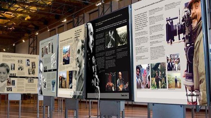 Algunos de los paneles que forman la exposición.