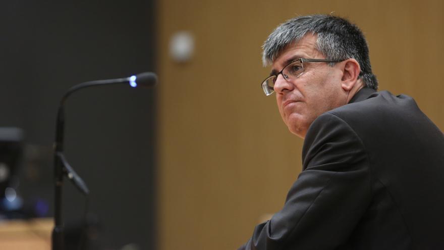 El Comisario del Cuerpo General de la Policía Canaria, Luis Santos Jara, durante un momento del juicio.