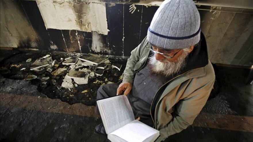 La Policía investiga si el incendio en un seminario ortodoxo fue un ataque religioso