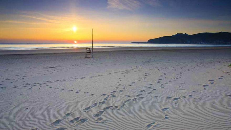 Playa La Salve Laredo Cantabria
