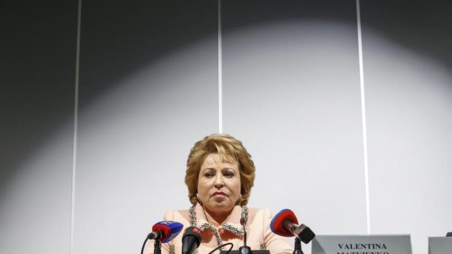 La presidenta del Senado ruso pide modificar el artículo que limita la libertad de reunión