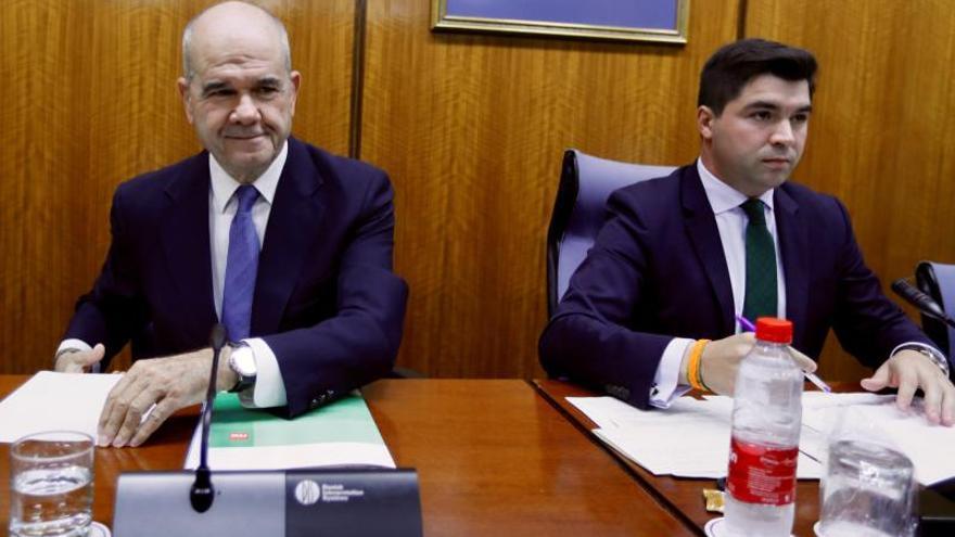 El Parlamento de Andalucía llevará a la Fiscalía a los expresidentes de la Junta por la comisión de la Faffe