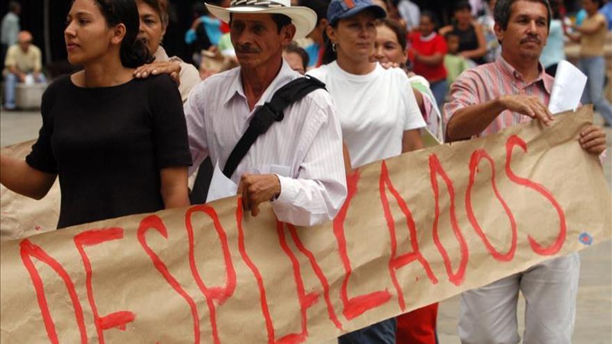 Los desplazados son las mayores víctimas del conflicto armado en Colombia