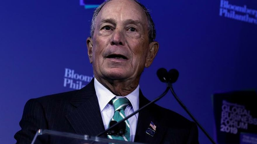 En la imagen un registro del exalcalde de Nueva York y aspirante demócrata a la Casa Blanca, Michael Bloomberg EFE/Peter Foley/Archivo