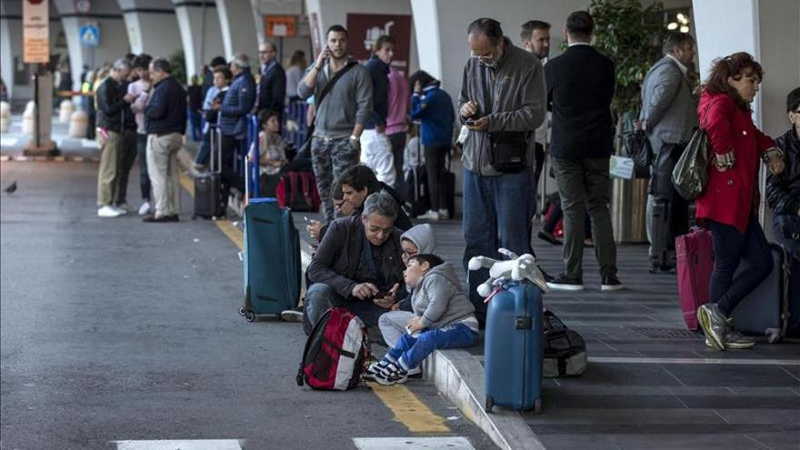 El aeropuerto Fiumicino de Roma comenzará gradualmente actividad a las 10:00 GMT