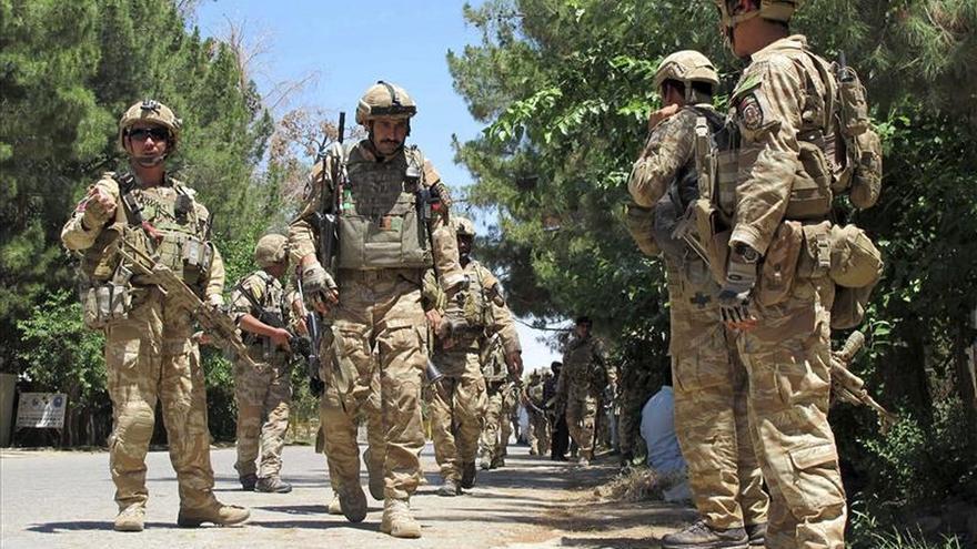 Al menos 27 muertos en enfrentamientos entre talibanes y el EI en Afganistán