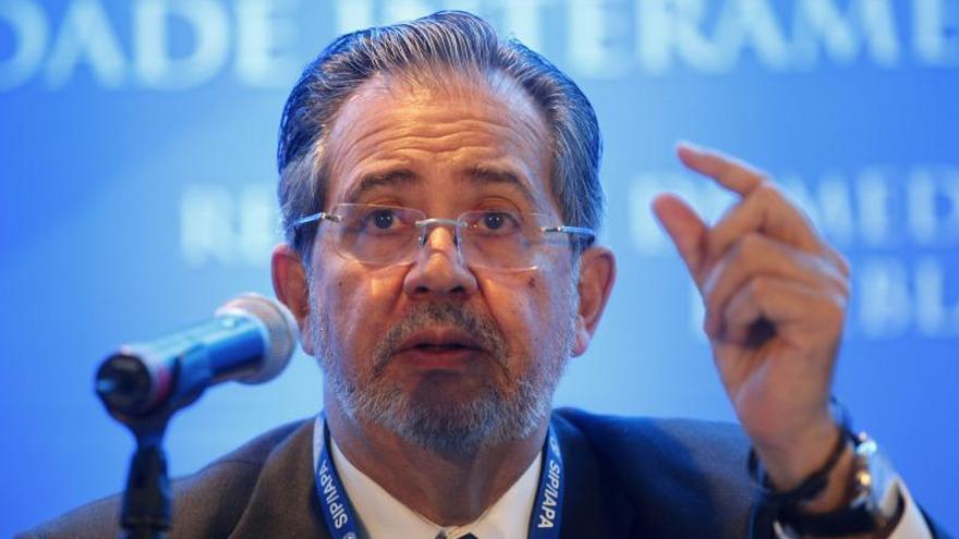 El Nacional pide en portada a Maduro que autorice divisas para comprar papel