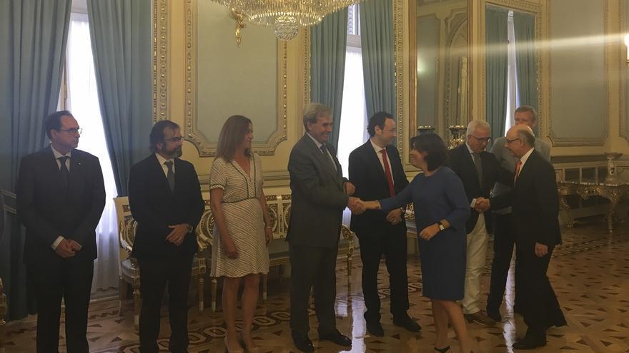 Cantabria, satisfecha por la Conferencia de Presidentes, pide avances en financiación, empleo y dependencia