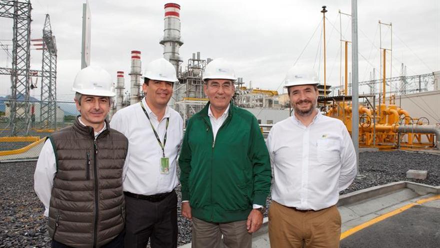Española Iberdrola refrenda compromiso con México con el ojo puesto en EE.UU.