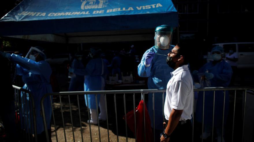 Panamá acumula 353.839 casos y 6.100 muertes por la covid-19