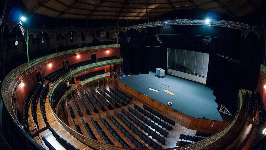 Patio de butacas del Teatro Circo Murcia/ Rafa Márquez