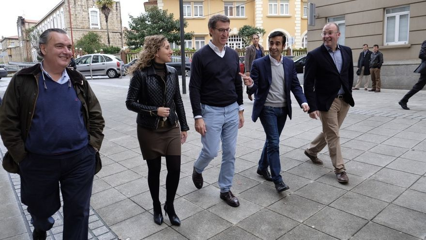 Feijóo y otros cargos del PP, este viernes en Ferrol