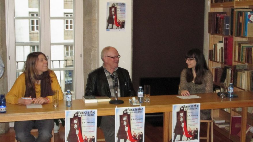 Conferencia de Jacques Pauwels en Compostela