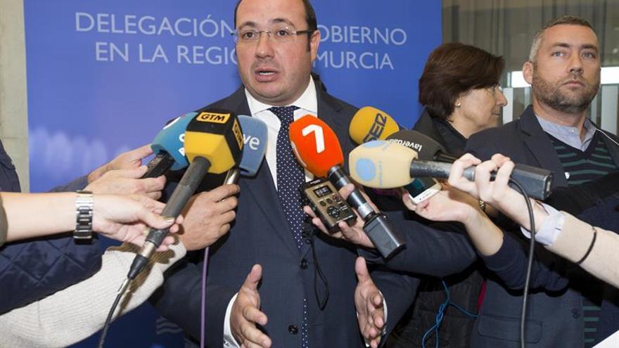El presidente de Murcia pide no adelantarse a futuribles de dimisión si lo imputan