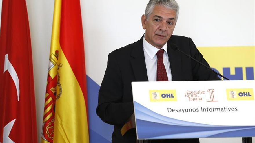 El embajador turco niega motivos políticos en las detenciones de Yalçin y Akhanli