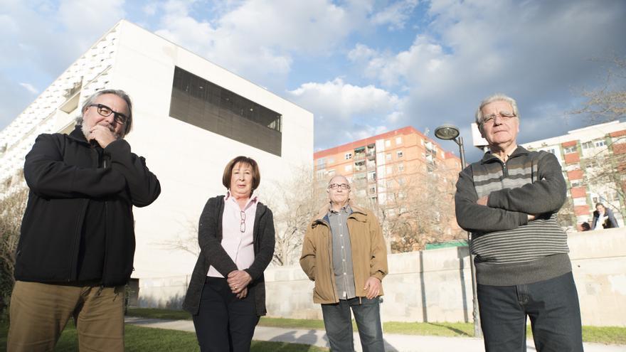 Vicent Soler, Tomás Sánchez, María Navalón y Miguel Hernández, integrantes asociación de vecinos del barrio y de la UMH de Sant Marcel·lí.