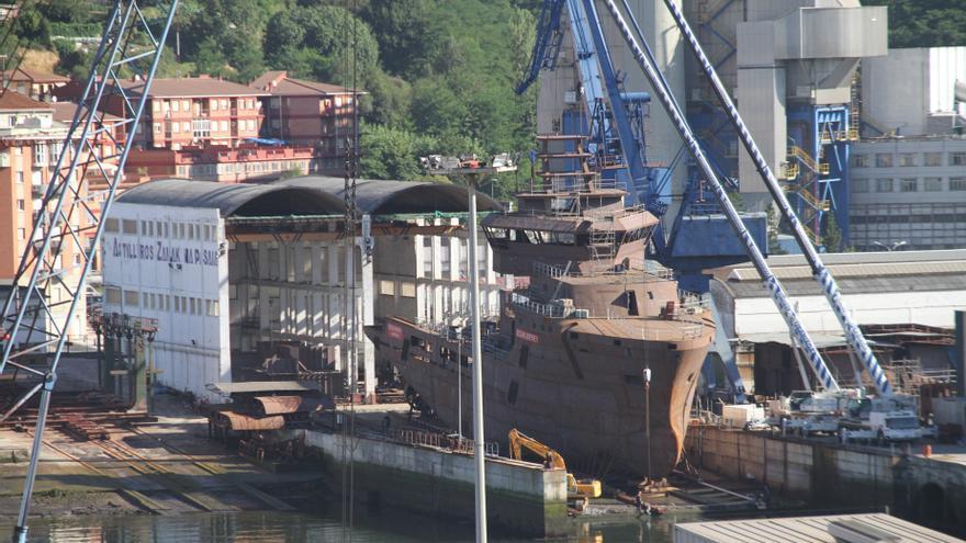 Grupo Zamakona bota el buque Ocean Marin en sus instalaciones de Pasaia (Gipuzkoa)
